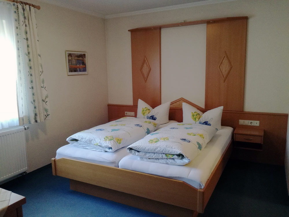Zimmer 16
